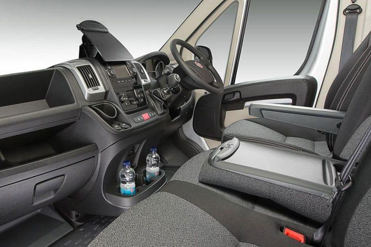 Fiat Ducato e-Ducato 35 LWB Elec 47kWh 90KW FWD 122PS  Chassis Cab Auto [7kW Charger] inside view