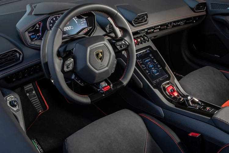 Lamborghini Huracan Coupe RWD 5.2 V10 610PS LP 610-2 EVO 2Dr LDF [Start Stop] inside view